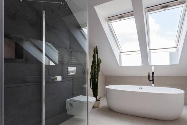 浴缸C001